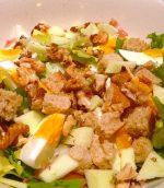 Salade frisée aux oeufs et jambon