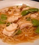 Soupe chinoise au pois gourmands