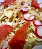 Salade de chou et fruits d'automne