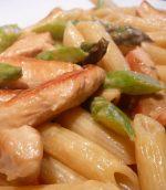 Pâtes aux asperges vertes et poulet