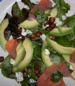 Salade verte au saumon fumé