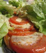 Tartine d'aubergine, tomate, mozzarelle