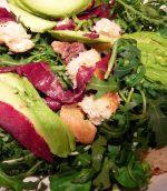 Salade d'avocat à la bresaola