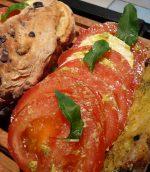 Sandwich, pain aux olives et tomates mozarelle