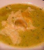 Soupe de légumes au parmesan